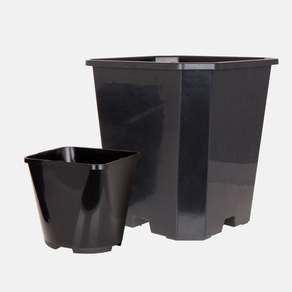 Square and Round Pots